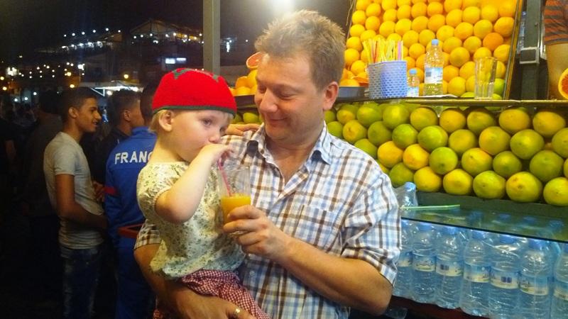 Med en toårig på marokkansk eventyr